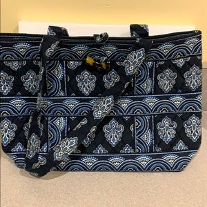 Vera Bradley purse. Lightly used